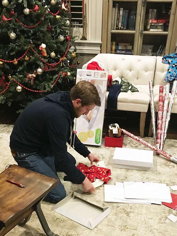 max wraps presents