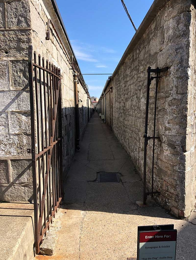 escaping Eastern State Penitentiary